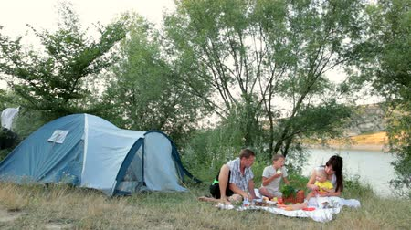 vacation : Family summer camping vacation