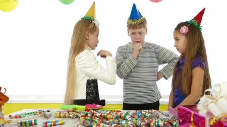 hat : kids during birthday party,counting out game