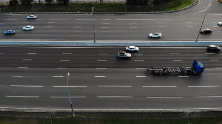 otoyol : Aerial view of motorway with cars and trucks drive Stok Video