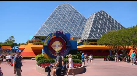 curto : Orlando, Florida. May 24, 2019. Pyramids of Journey into Imagination attraction in Epcot at Walt Disney World Resort area.