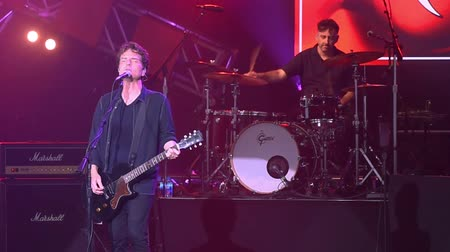 slib : Orlando, Florida. May 14, 2019. Richard Marx singing This I Promise You in Garden Rock Festival at Epcot in Walt Disney World Resort
