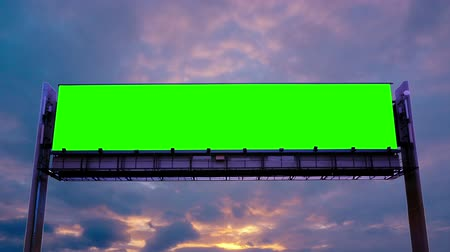 plakát : Billboard green screen on sky background