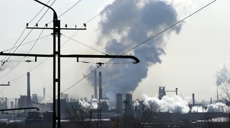 cheminée industrielle : Pollution de l'air, de l'industrie, de la métallurgie, laps de temps