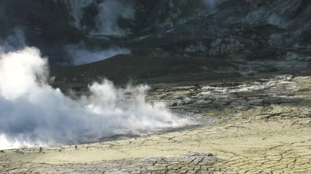bowels : Geysers hot springs in the mountains on the White Island in New Zealand. Beautiful amazing nature. Travel and tourism in the world of wildlife.