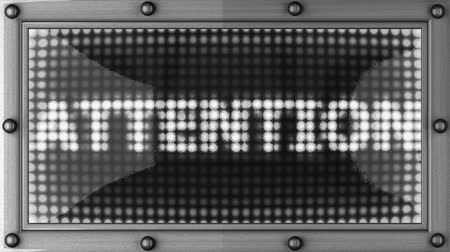 atenção : attention announcement on the LED display