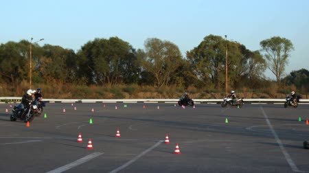 rijles : Motorcycle Driving Lessons Moto Gymkhana Motorrijders