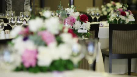 reception : Festive table decoration for wedding