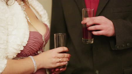 Поздравляю : Man and woman holding glasses of champagne at a party