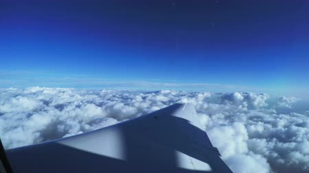 samolot : View from airplane white cloud Wideo