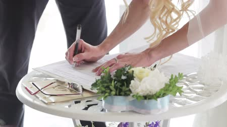 traditional ceremony : Bride sign marriage wedding contract