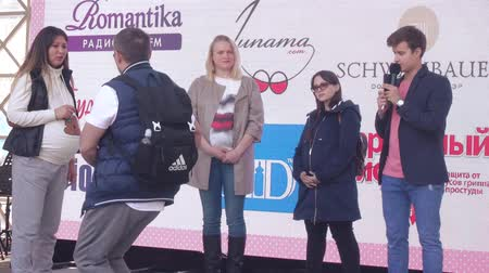 szülés : Contests for pregnant women from the channel Domashny Stock mozgókép