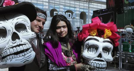muertos : Mexican Carnival Celebration of the dead