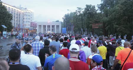 fanatics : Football fans walking in the metro
