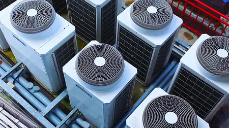 função : Row of Industrial large air conditioning fans on function