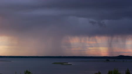 ulewa : Thunderstorm with heavy rain over the lake
