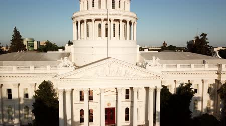 devletler : Drone flying over the California State Capitol. Sacramento.USA