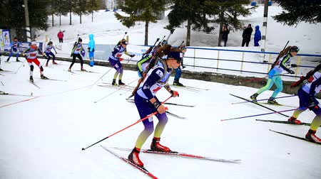 world cup : Ukraine. Yavoriv. 12 march 2019. Group of students of girls and boys, takes part in local biathlon competitions Stock Footage