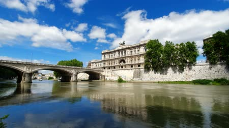 corte : ROME. ITALY. May 21, 2019 Corte Suprema di Cassazione. View of the Supreme court of Italy from the Tiber river.