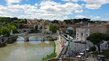 Řím : View of the Tiber river from a height. View from Castel Santangelo to Rome and the Tiber river