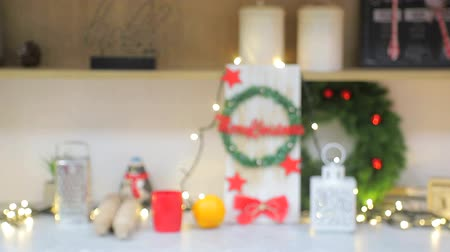 ünnepély : Abstract blurred background Christmas decorations. of yellow and white bright circles that blink.