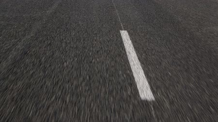 dehet : Lines on the Asphalt Road