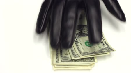 ladrão : Criminal in Leather gloves Stealing Money from Office Table Vídeos