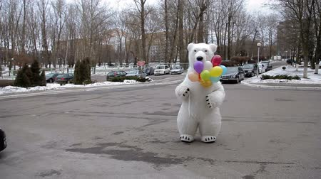 ostoba : Polar bear with colored balloons Stock mozgókép