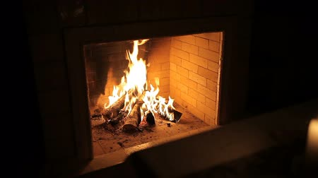 vonk : Fire in the fireplace