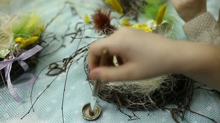 глина : Children make a nest for birds, nest for birds Стоковые видеозаписи