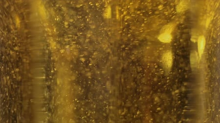 cerveja : Facets of Glass Mugs of Gold Beer