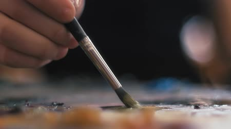 холст : Drawing by artist hand with brush Стоковые видеозаписи