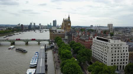 buckingham palace : Aerial panorama of central London, UK. Features the River Thames, Millennium Wheel (London Eye),  South Bank area. Stock Footage