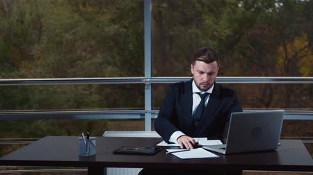 boss : Secretary brings coffee for boss workplace Stock Footage