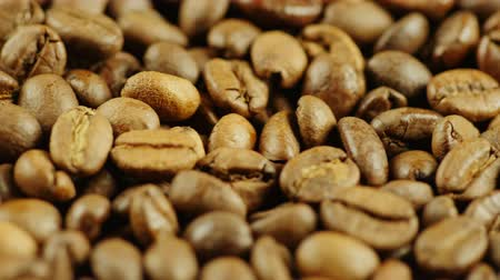 restaurante : Hot coffee beans to the smoke Stock Footage
