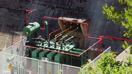 hidro : The transformer at hydro power plants Stok Video