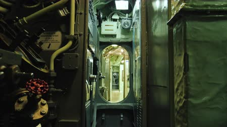 gato : Inside the diesel-electric submarines of the US during World War II. USS Croaker, SSK-246
