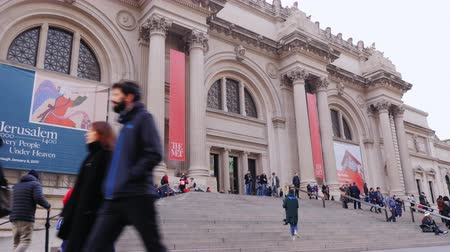 muzeum : New York, USA - OKT, 2016: The Metropolitan Museum of Art is a very popular location to visit in NY and USA
