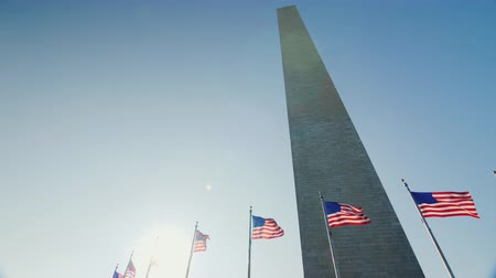 gedenksteen : Washington Monument in het hart van de stad. Washington, District of Columbia Stockvideo