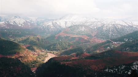 марокканский : Valley in the Atlas Mountains Morocco