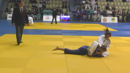 quimono : Orenburg, Russia - 21 October 2017: Girls compete in Judo at the all-Russian Judo tournament among boys and girls dedicated to the memory of VS Chernomyrdin