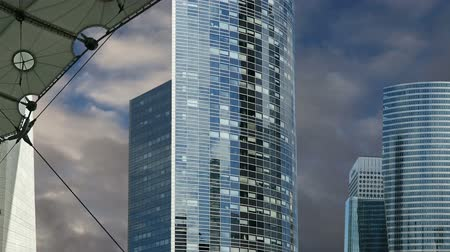 arche : La Defense, commercial and business center of Paris, France