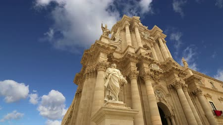 santo : CATHEDRAL OF SYRACUSE Siracusa, Sarausa-- historic city in Sicily, Italy