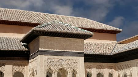 Андалусия : Alhambra Palace - medieval moorish castle in Granada, Andalusia, Spain