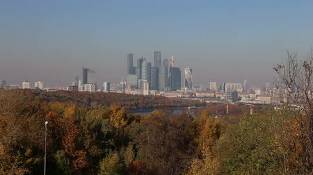 sparrow hills : The Moscow City from Sparrow Hills or Vorobyovy Gory Observation Platform is a bank of 85 m above the Moskva River, or 200 m above sea level. Moscow, Russia Stock Footage