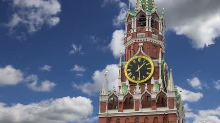 palace complex : Spasskaya Tower against the sky. Moscow Kremlin, Russia (day)