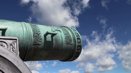 大砲 : Cannon against the sky, Moscow Kremlin, Russia, Moscow, Russia - is a large, 5.94 meters (19.5 ft)