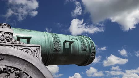 kreml : Cannon against the sky, Moscow Kremlin, Russia, Moscow, Russia - is a large, 5.94 meters (19.5 ft)
