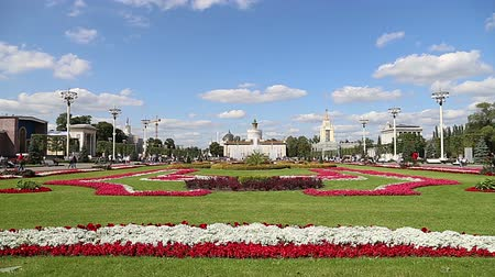 tudo : Landmarks in the territory of VDNKh (All-Russia Exhibition Center, also called All-Russian Exhibition Center), Moscow, Russia. Vídeos