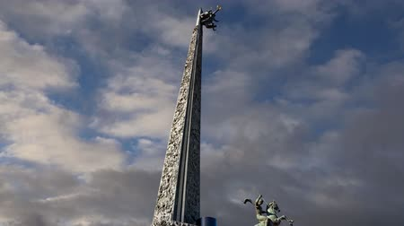 obelisk : War memorial in Victory Park on Poklonnaya Hill (on the background of moving clouds), Moscow, Russia. Stock Footage