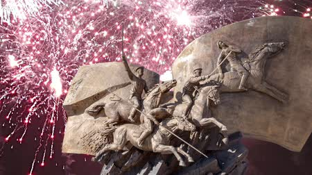 heroes square : Fireworks over the Monument to the heroes First World War in Victory Park on Poklonnaya Hill, Moscow, Russia Stock Footage